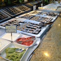 Variedad de platos japoneses en El Rodizio.