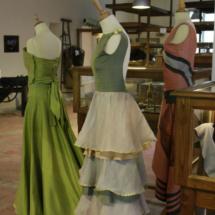 Taller de confección de tejidos de seda
