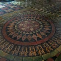 Detalle del suelo de la capilla San Laúd