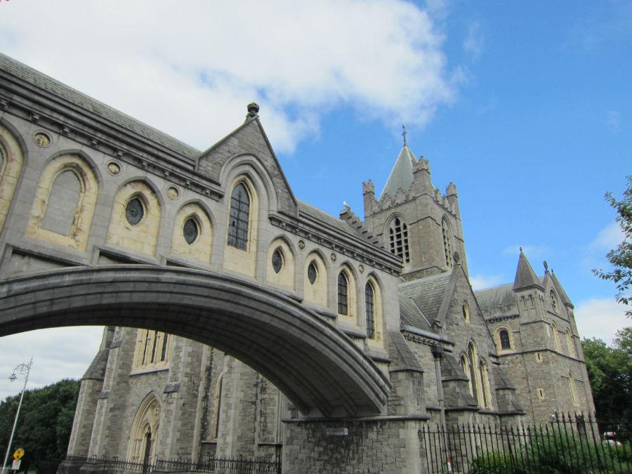 La Christ Church de Dublín está conectada con el museo Dublinia.