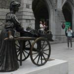 La estatua de Molly Malone es todo un emblema de la capital de Irlanda