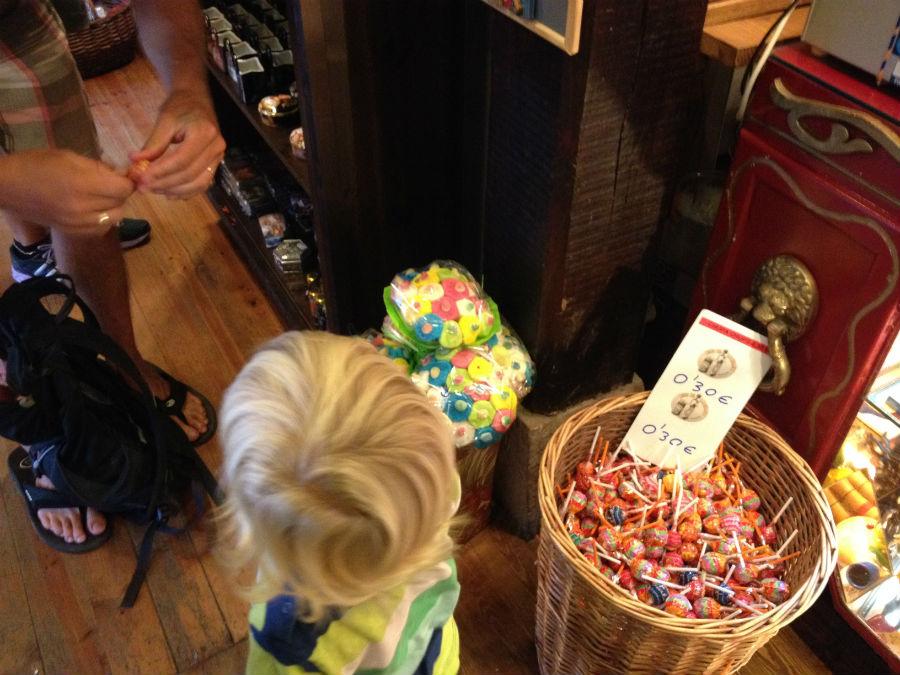 Chuches de la tienda-museo del Barquillero
