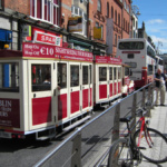 Tours por Dublín: autobús, tren y coches de lujo