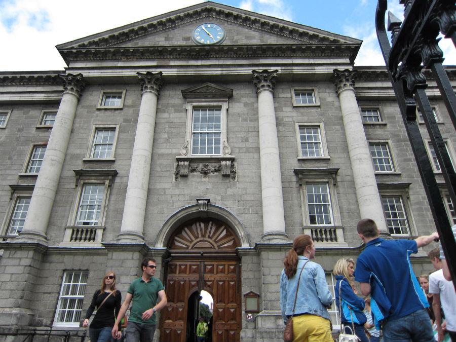 El Trinity College es la universidad más antigua de Irlanda