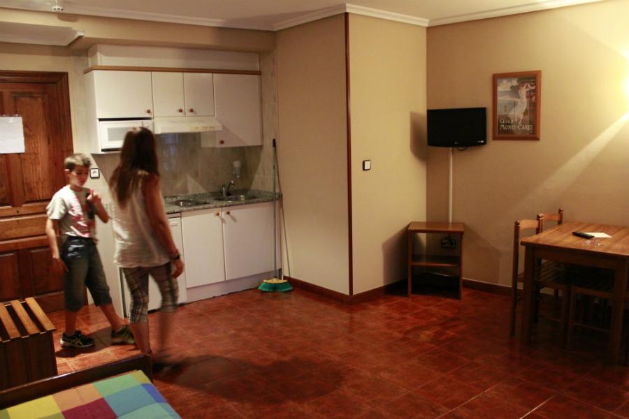 Apartamentos el capriccio en santillana del mar - Apartamentos capriccio santillana del mar ...