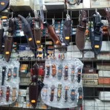 Expositor de la cuchillería Viñas, en Madrid