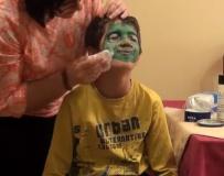 Maquillarse, cualquier día del año, es siempre divertido