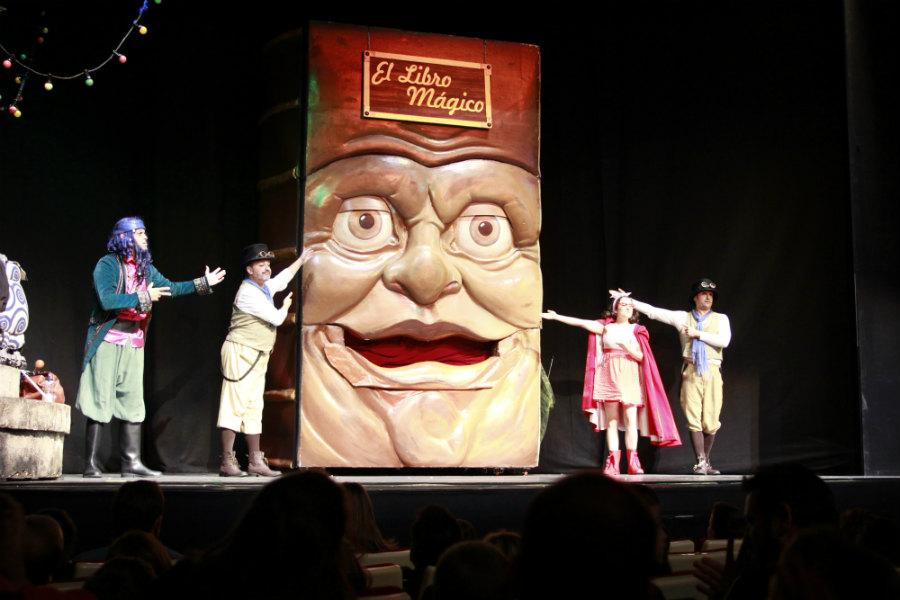 El Gran Libro Mágico es otro personaje más de este musical para niños