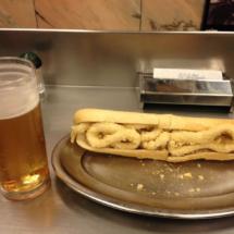Bocadillo de calamares del bar El Brillante