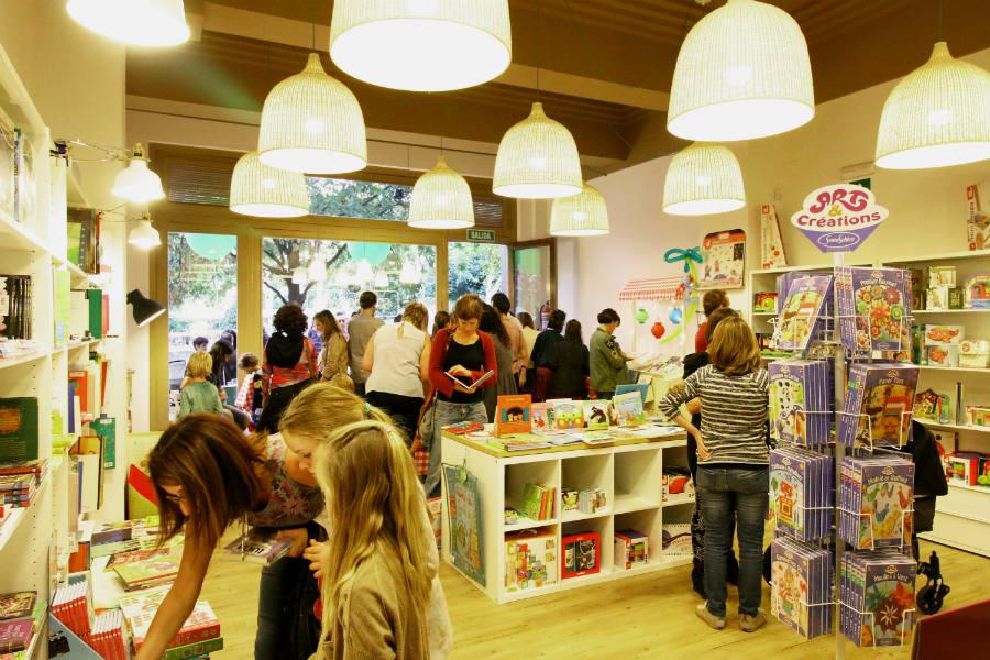 Talleres de navidad para ni os en bilbao for Libreria nautica bilbao