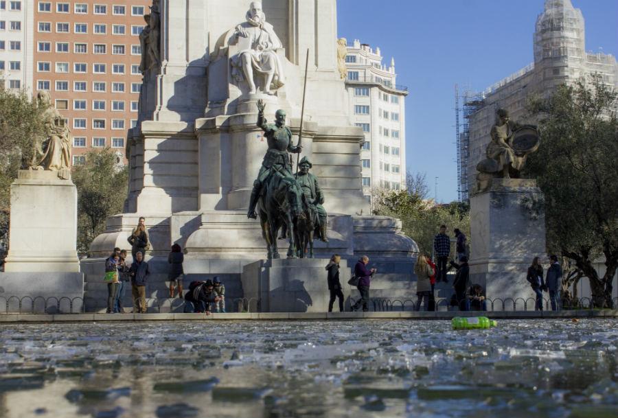 Plaza de España, monumento a Cervantes