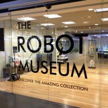 Juguetrónica tiene un museo del robot abierto al público