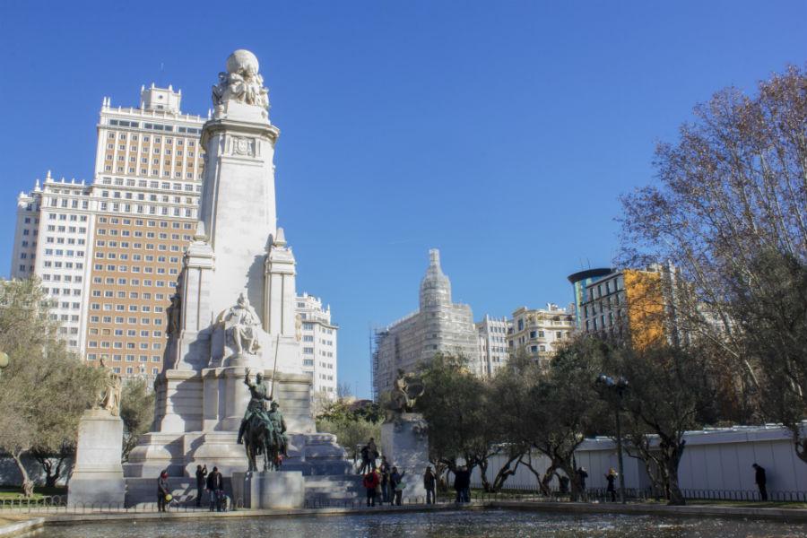 Los edificios de Plaza de España tamién son un emblema de Madrid