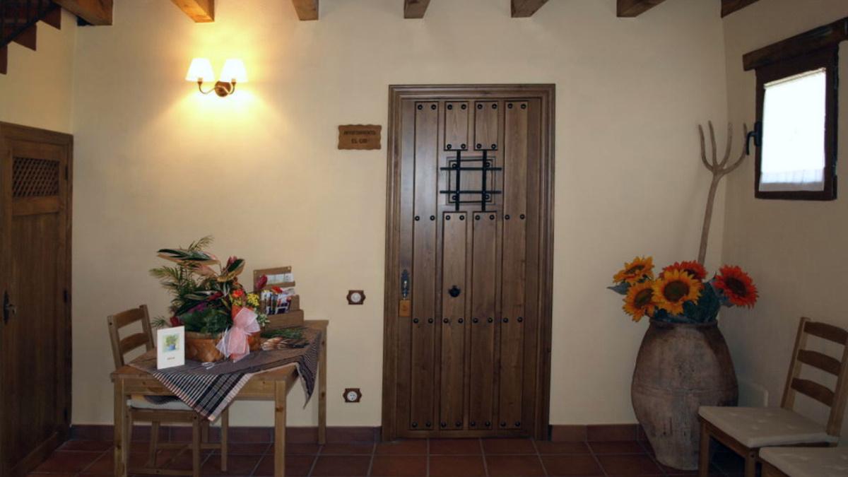 Estancia interior de los apartamentos Camino del Cid