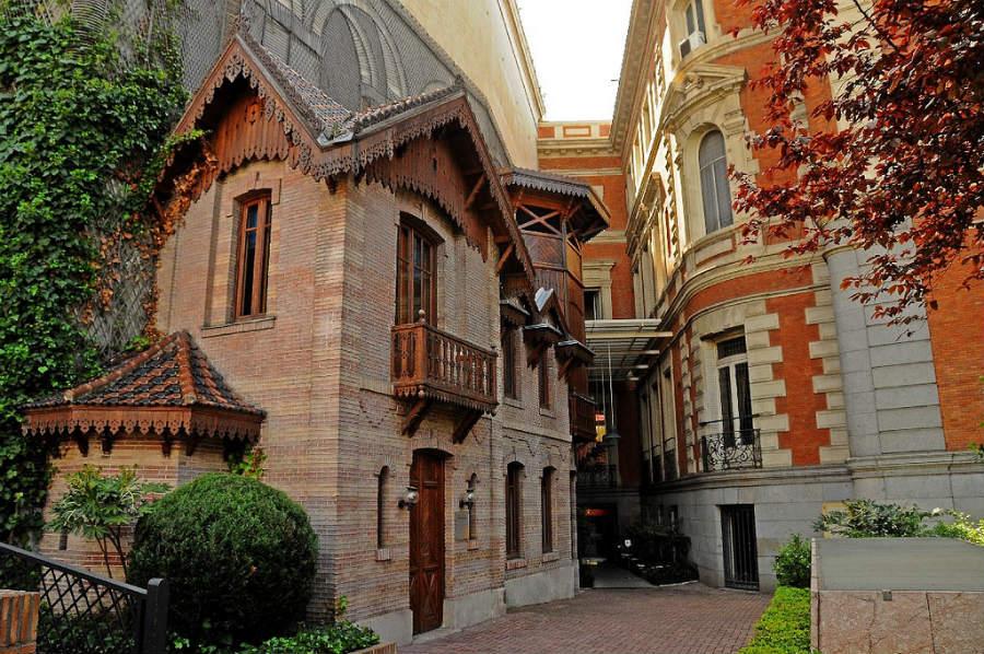 Casita de Muñecas del Palacio de Linares