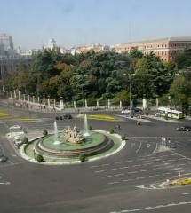 Vistas desde el Palacio de Telecomunicaciones de Madrid: plaza de Cibeles