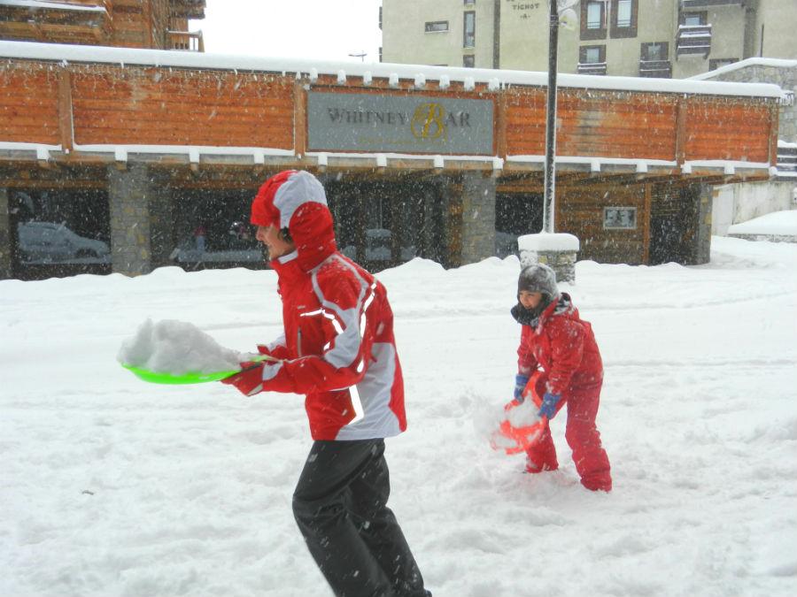 En Esquiades.com encontrarás grandes ofertas de esquí barato si sabes cuándo buscar.