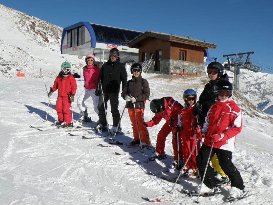 ¿Dónde buscar ofertas para unas vacaciones de esquí en familia?