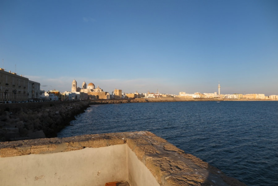 Vistas de la Bahía de Cádiz.