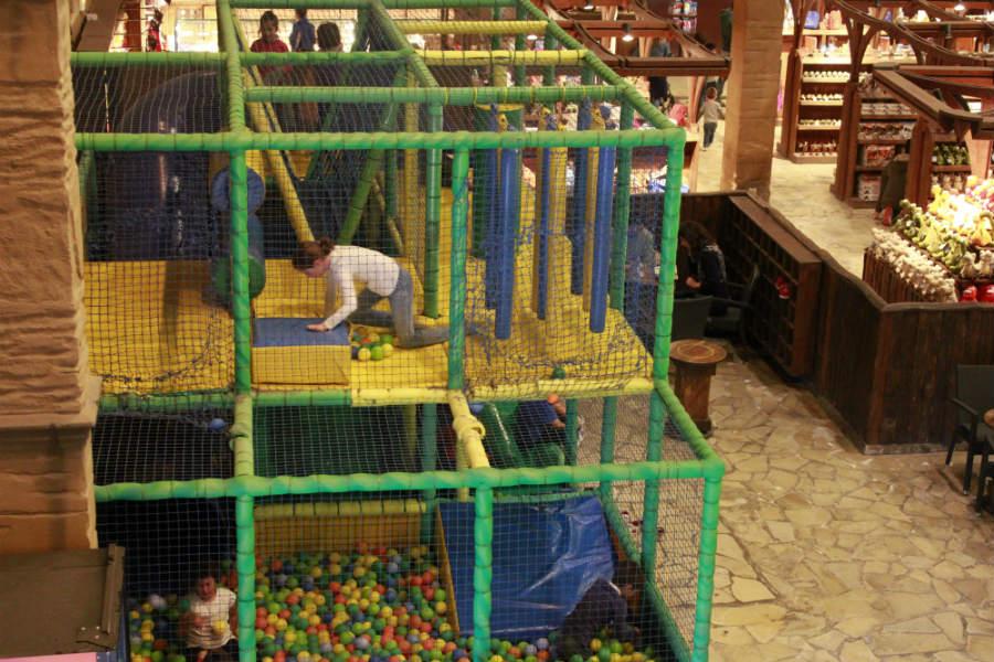 Los más pequeños tambiénm tienen su espacio en Dinópolis