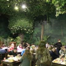 Uno de los restaurantes de Dinópolis