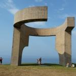 Elogio del Horizonte, la escultura mágica de Gijón