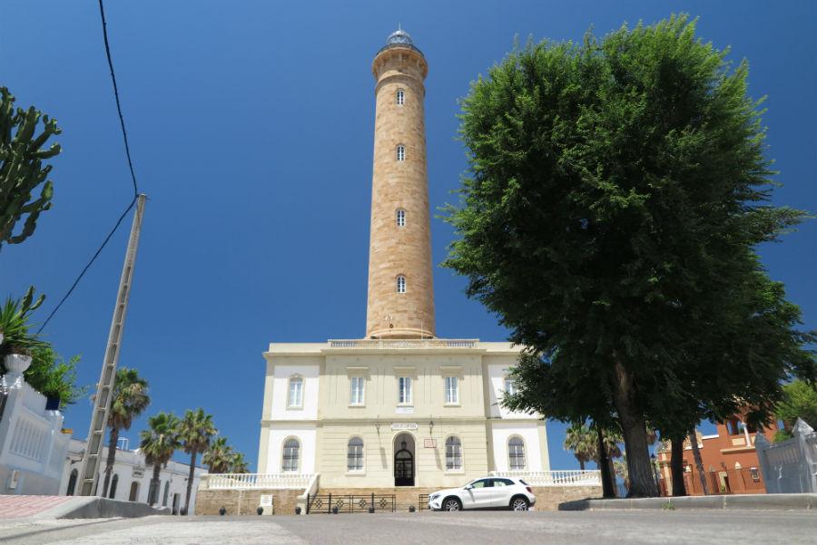 Vista del Faro de Chipiona, uno de los más altos del mundo.