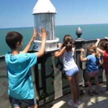 La visita al Faro de Chipiona es muy interesante para los niños.