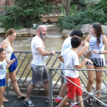 Fila para una atracción en el Parque de Atraccioens de Madrid