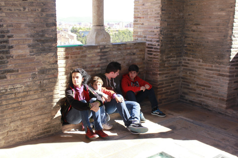 Descansando en lo alto de la Torre del Salvador, en Teruel