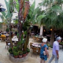 El Jardín del Califa es un restaurante en un auténtico jardín
