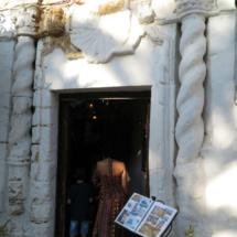 Fachada del restaurante El Jardín del Califa, en Vejer