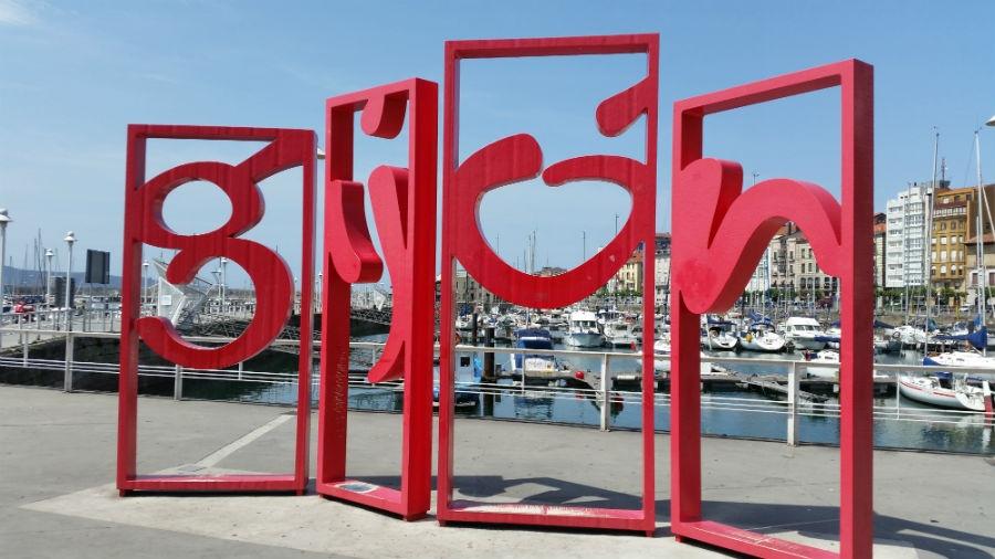 7 esculturas de gij n que no te puedes perder - Fotos del sporting de gijon ...