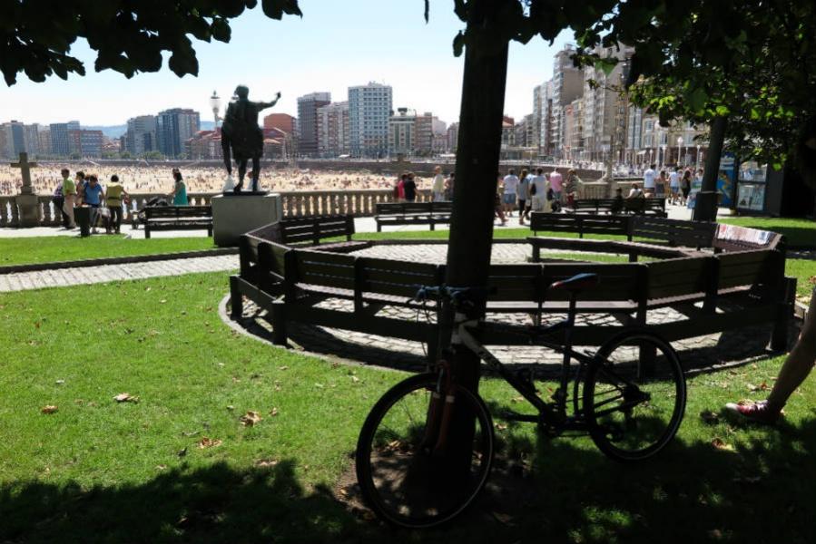 Ruta por las mejores esculturas de Gijón