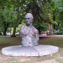 Monumento a Sabino Fernández Campo