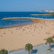 Playa El Arbeyal, en Gijón