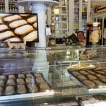Carbayones, los dulces típicos de Oviedo