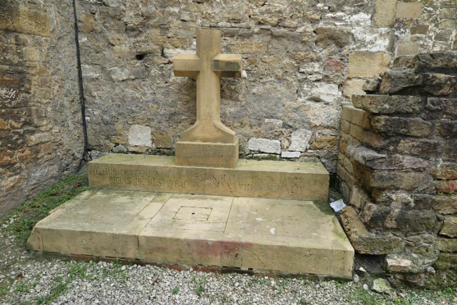 Cementerio de la Catedral de Oviedo