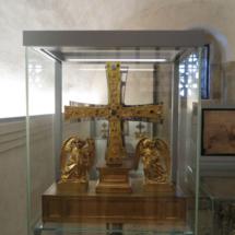 Cruz de los Ángeles, en la Catedral de Oviedo