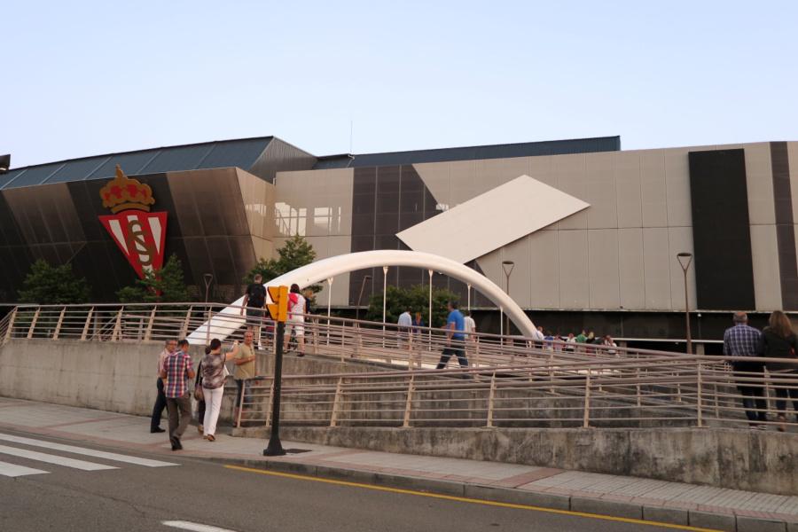 Entorno del estadio de fútbol del Sporting de Gijón: El Molinón