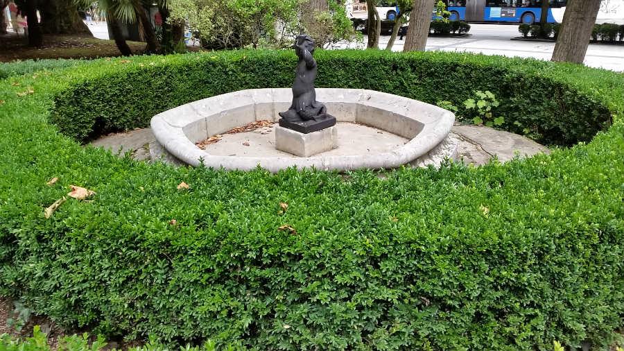 Estatua de Oviedo