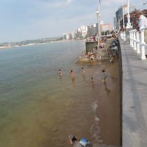 Playa urbana de Gijón
