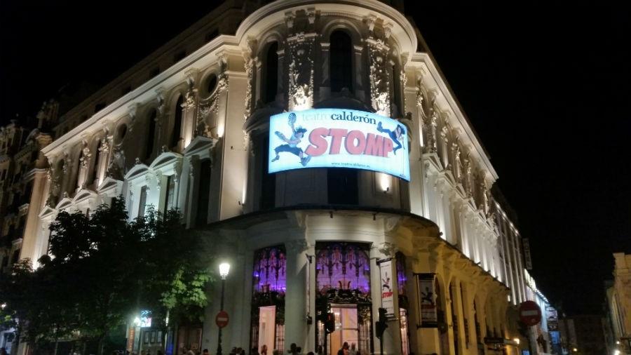 Fachada del Teatro Calderón de Madrid