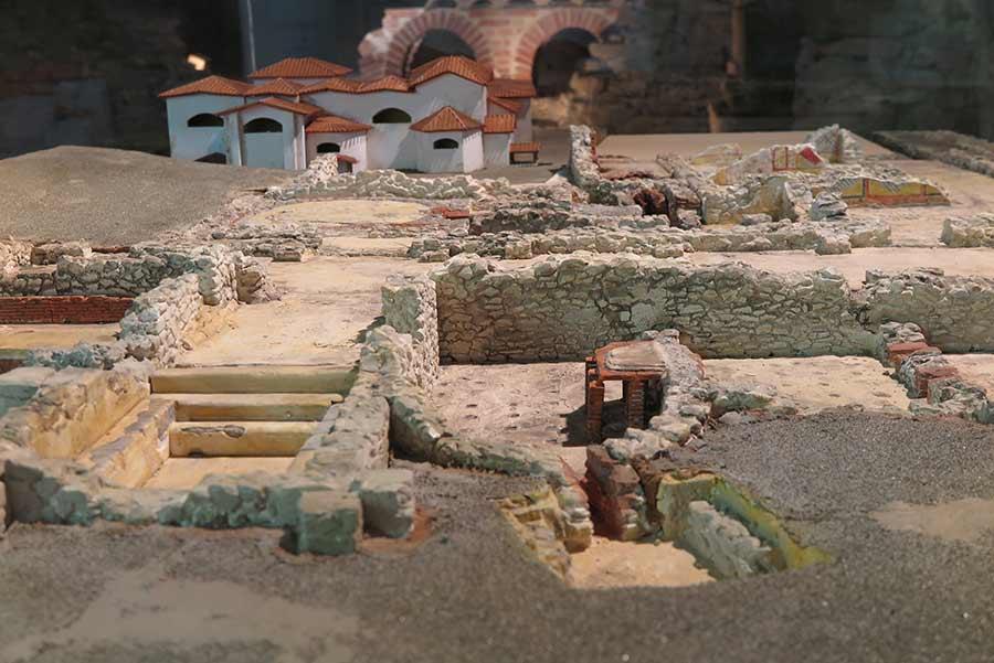 Maqueta ternas romanas Gijón