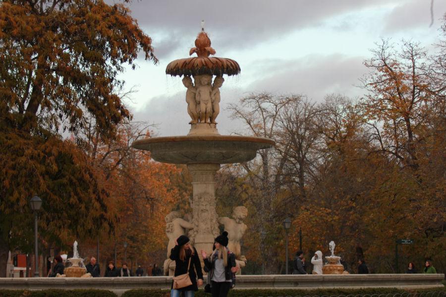 Pasear por El Retiro es una delicia, también en otoño