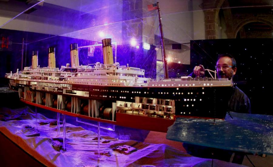 Maqueta abierta del Titanic