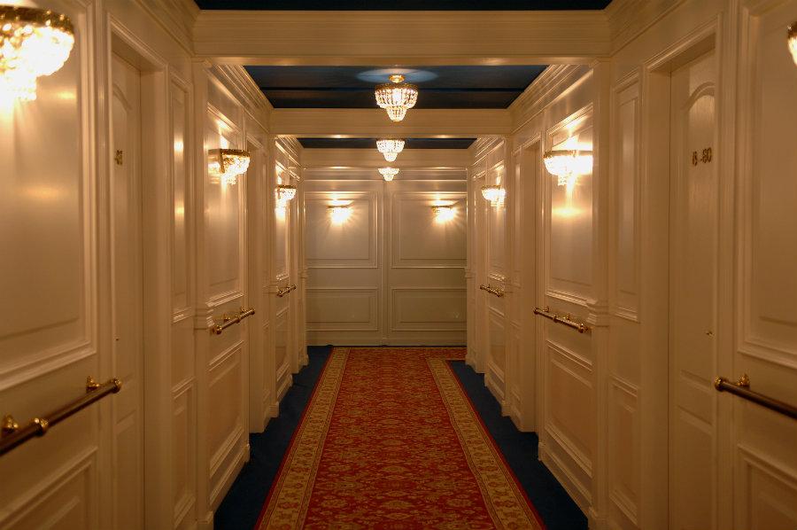 Reproducción del pasillo de primera clase del Titanic