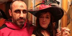 Monje o templario malo y bruja o vampiresa