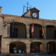 Reloj y Ayuntamiento de Pedraza