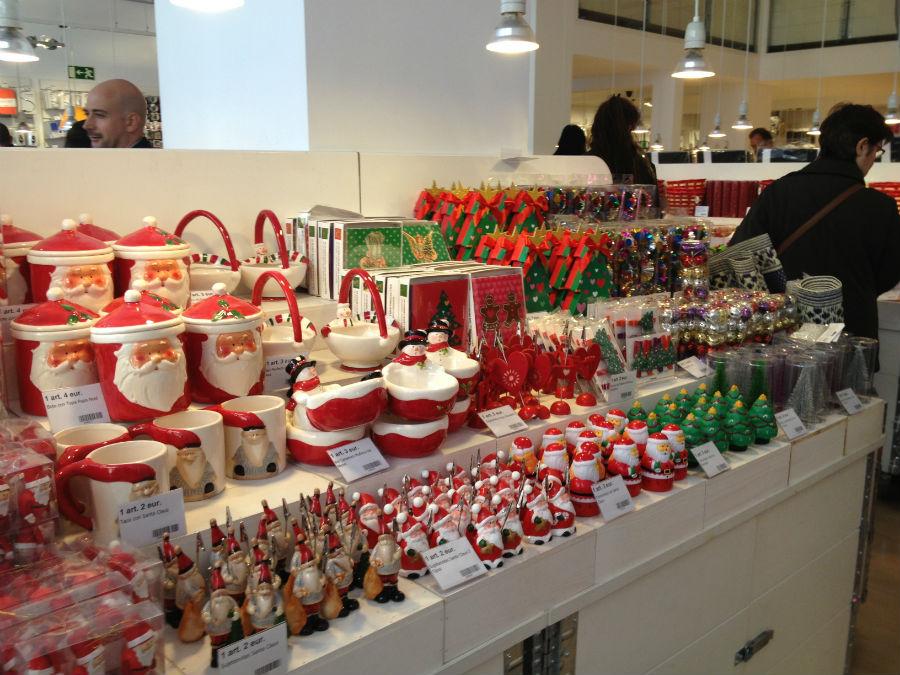 Compramos adornos navideños baratos en las tiendas Tiger